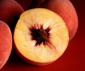 Autumn_Red_peaches.jpg